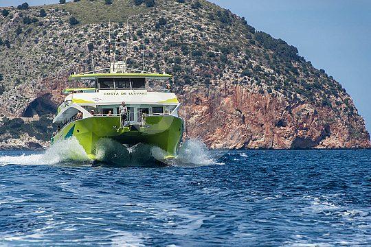 paseo en barco por la costa este de Mallorca