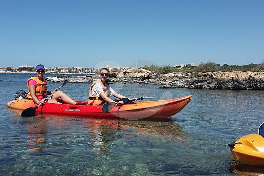 diversión en el tour en kayak desde Colonia Sant Jordi