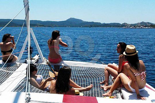 Menorca tour en catamarán