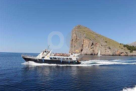 mit dem Schiff von Port de Soller nach Sa Calobra