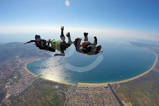 salto en paracaídas sobre Empuriabrava