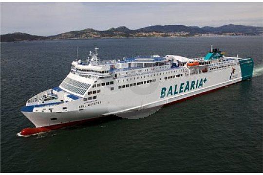 Balearia-Ferry-vista-lateral-Ibiza-Mallorca