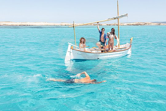 Alquiler barco formentera medio dia