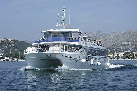 Excursión en barco con vision submarina desde Pollensa