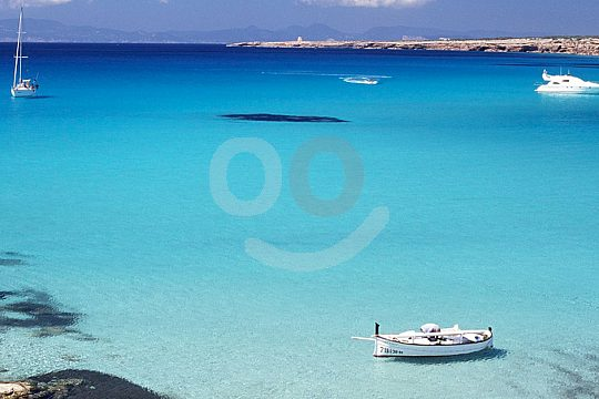 en ferry desde Ibiza a Espalmador por la reserva natural