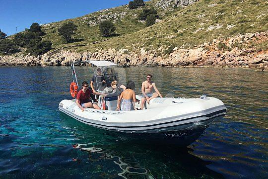 En lancha rápida desde Alcudia hasta el Cabo Pinar
