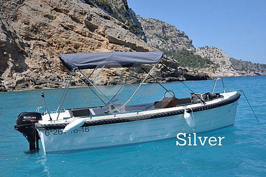kleines Motorboot auf Mallorca mieten