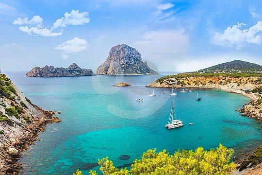 Ibiza per Fähre von Mallorca