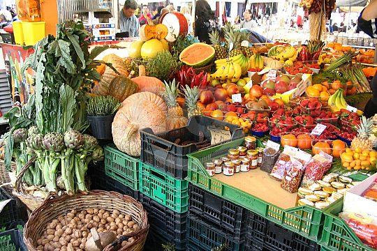 Markttag in Arta