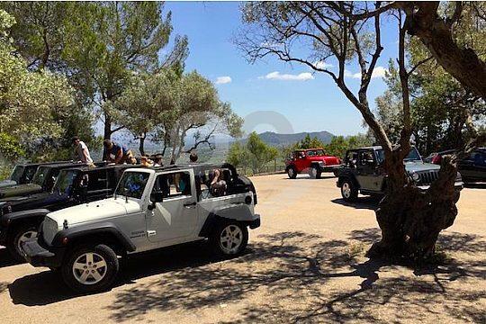 parada pequeña en la excursión en jeep privado en Mallorca