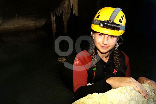 Kind auf der Seehöhlentour
