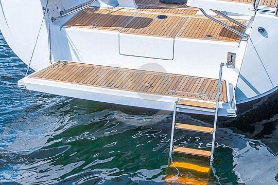 Badepause auf der Segelyacht Pasito Blanco