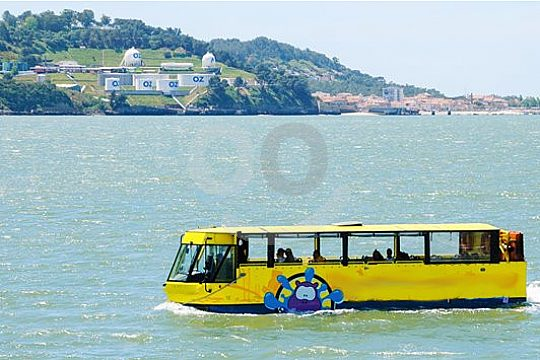 Descubra Lisboa desde el agua y la tierra
