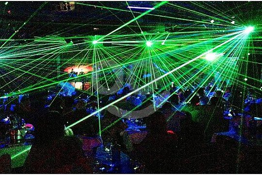 espectaculo con laser en Son Amar