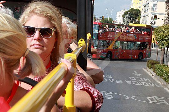 Malagá per Doppeldecker Bus erkunden