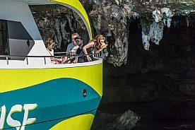 das Porto Cristo Glasbodenboot