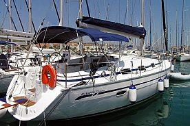 stilvoll Bootfahren an ibizas kueste