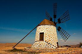 Windmühle bei Ausflug nach Fuerteventura ab Lanzarote