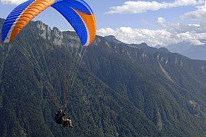 Flug mit dem Paraglider