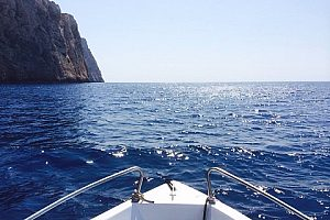 Alquiler de una embarcación/lancha sin licencia en Port d' Andratx
