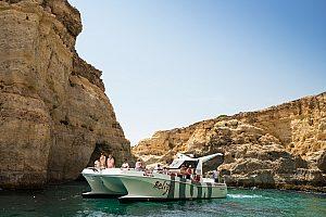 Tour en barco por el Algarve desde Albufeira con avistamiento de delfines y barbacoa en la playa