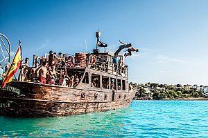 Partyboot Mallorca vor Palma
