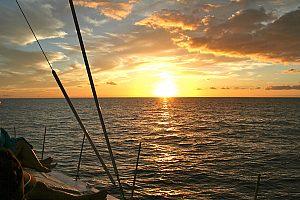 Excursión en catamarán con Afrikat en Gran Canaria por la puesta de sol