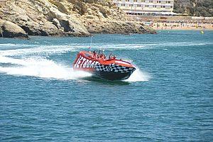 Jet Boot fahren macht Spaß an der Algarve