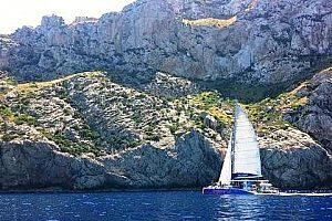Paseo en catamarán a Formentor por la Bahía de Pollensa en Mallorca norte