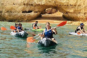 Albufeira: Kayak o surf de remo en la Praia da Coelha