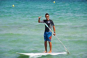 Surf de remo (SUP) en la playa de Muro: Curso para principiantes y alquiler de material en Mallorca
