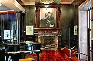 Exposicion de Salvador Dali en el Museo Can Morey de Santmarti, en Palma