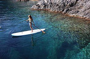 Deportes acuáticos de moda: Stand Up Paddling (SUP) en el sur de Gran Canaria
