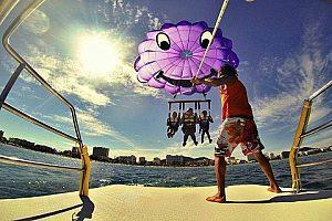 Jetski, banana y parasailing: Paquete acuático para 2 personas en Cala Millor, Mallorca