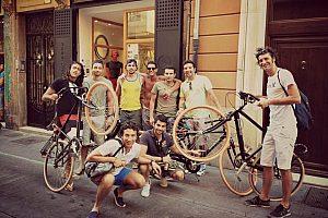 Valencia Beer Bike: Tour nocturno en bicicleta con Pub Crawl
