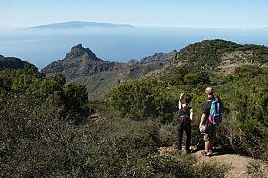 Senderismo en las montañas de Teno en Tenerife