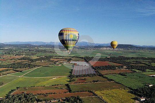 Felden von Mallorca bei dem Ballonflug