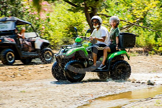Quad tour in Crete's mountain idyll