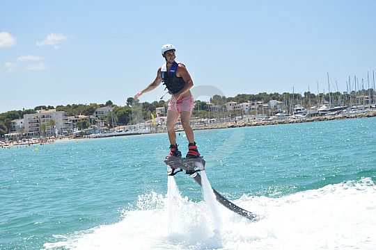 fly with the flyboard on Playa de Palma