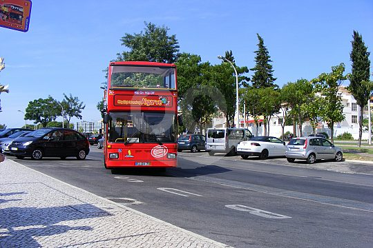Discover the Algarve by City Sightseeing bus