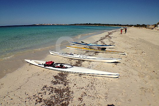 with a kayak to Es Carbó