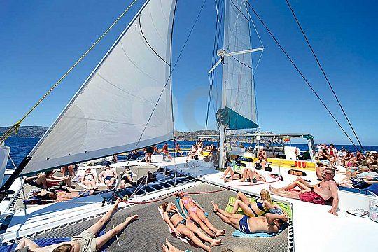 relax on board of the catamaran in Mallorca