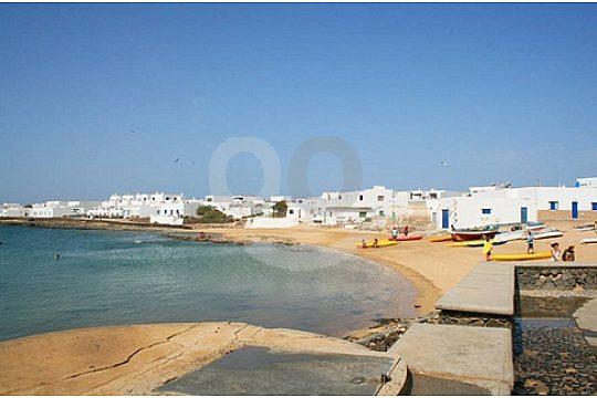 Villages on the island of La Graciosa