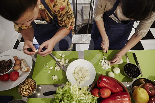 Cooking lessons in Barcelona with traditional dishes