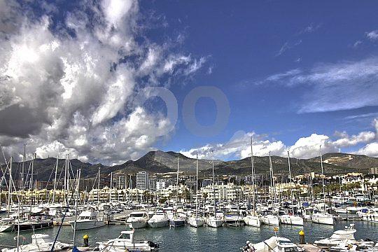 port of Benalmádena boat party start