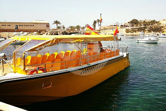 go to island Tabarca by water taxi from Santa Pola