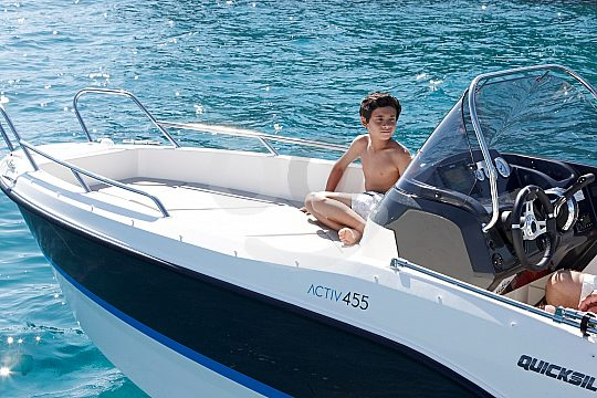 the licence-free boat