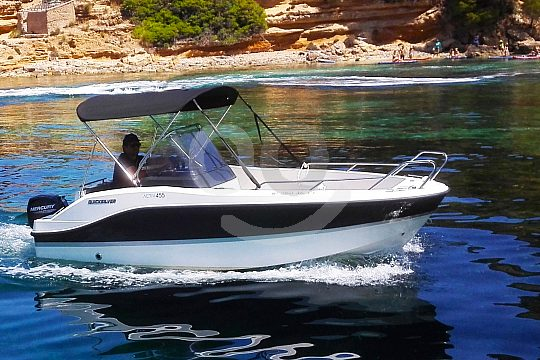 Son Serra rent a boat without licence