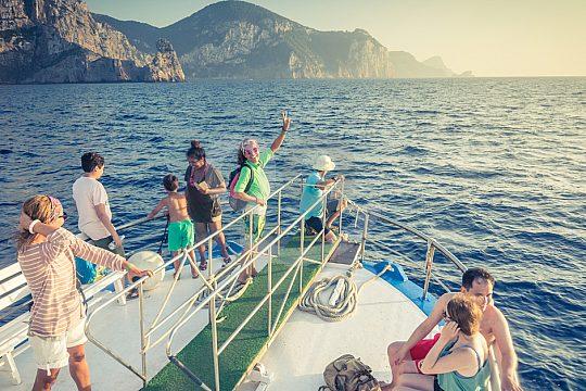 boat trip ibiza hippie beach benirràs
