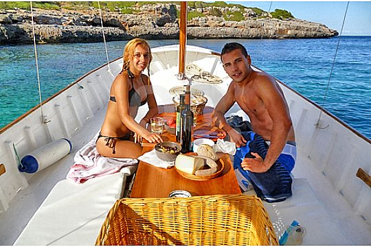 Boat trip also exclusively bookable